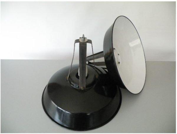 Geemailleerde mazda hanglamp twee