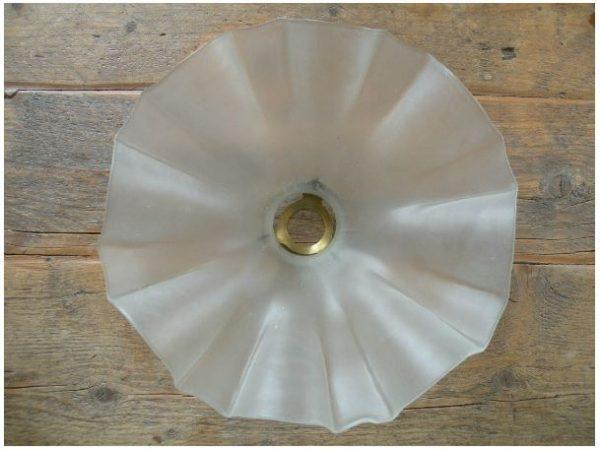 Glazen hanglamp onder aanzicht