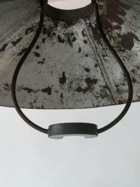 Stallamp uit frankrijk detail 2