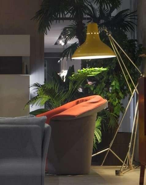 diana-floor-giant-colorful-loft-studio-vintage-industrial-lamp-Geel