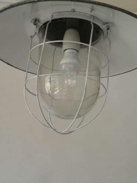 kooilamp met stolp detail