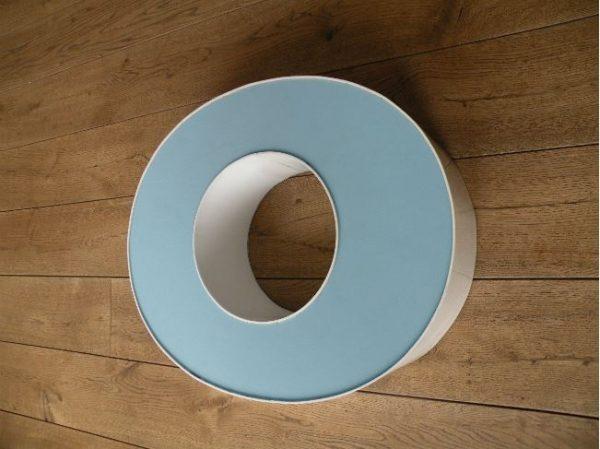letterlamp wit met blauw o zijkant