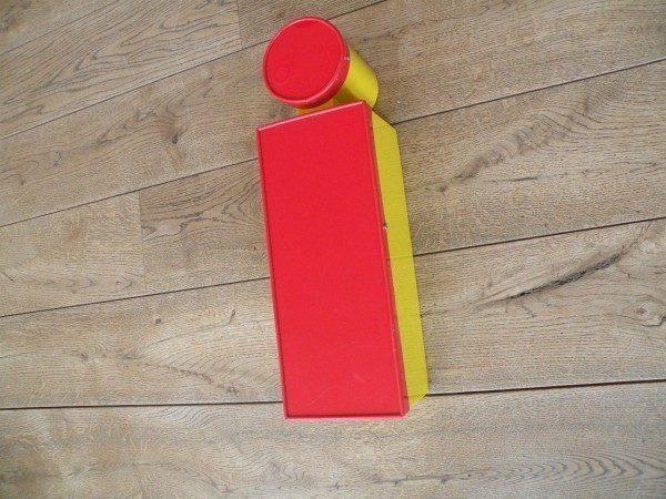 Letterlamp rood geel i zijkant