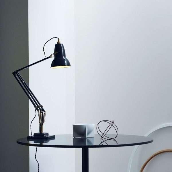 original-1227-brass-desk-lamp-jet-black 4