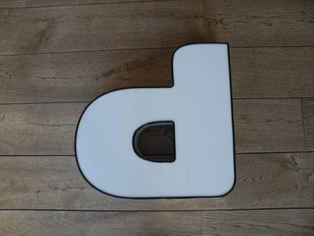 Letterlamp p of d wit met zwart front