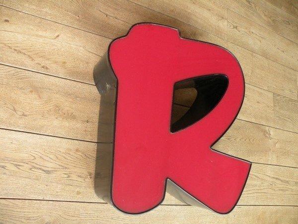 rood zwart letterlamp R 3