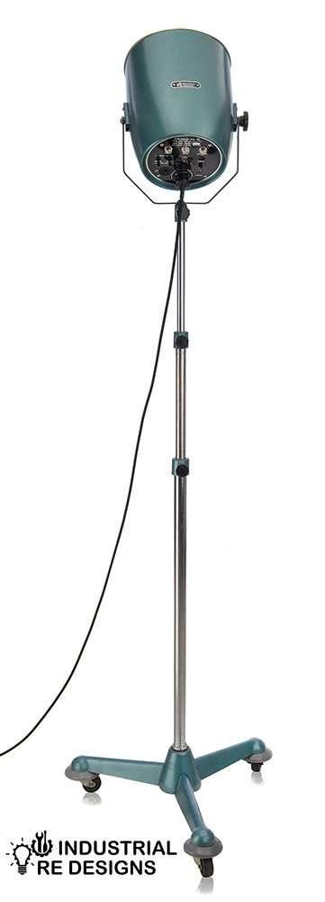 Staande-courtney-flitskop-spot-lamp-BINK-1