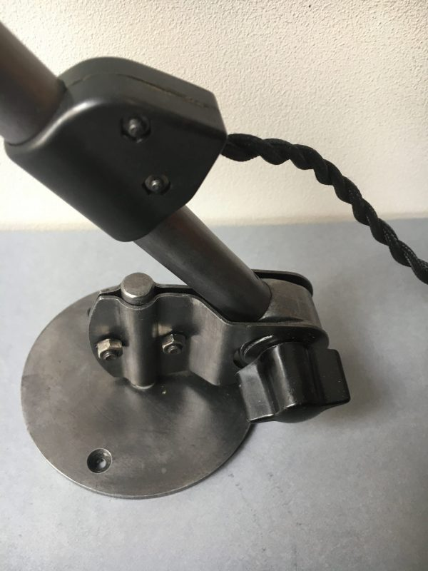 Midgard wandlamp detail voet