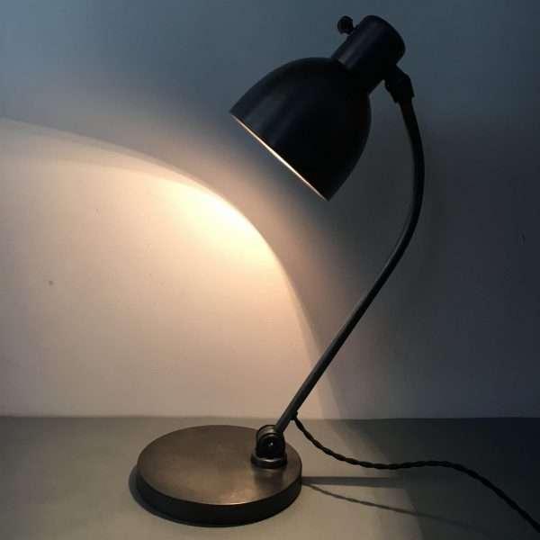 hala bureaulamp bauhaus 4
