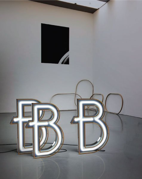 Delightfull letterlamp B in situ 2
