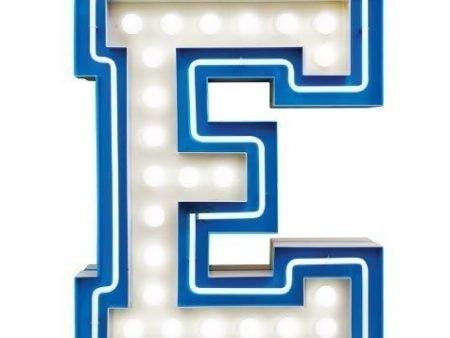 Delightfull letterlamp E frontaal 2