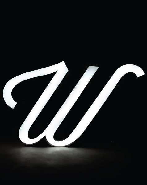 Delightfull letterlamp W aan