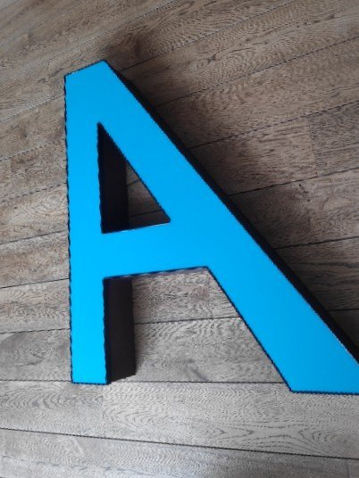 Blauwe letterlamp A 4