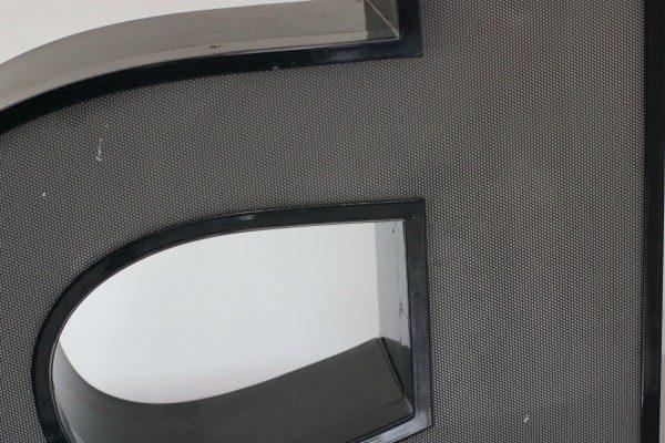Letterlamp zwart letter a 2