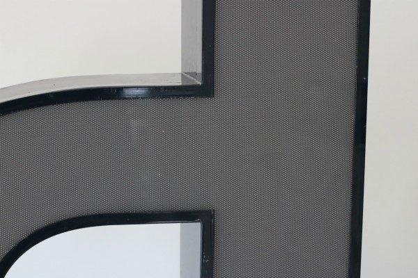 Letterlamp zwart letter d of p 2