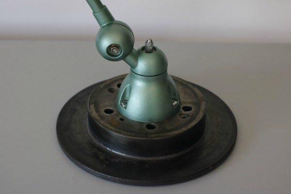 Vintage jielde 3 arm BINK detail 2 voet remschijf