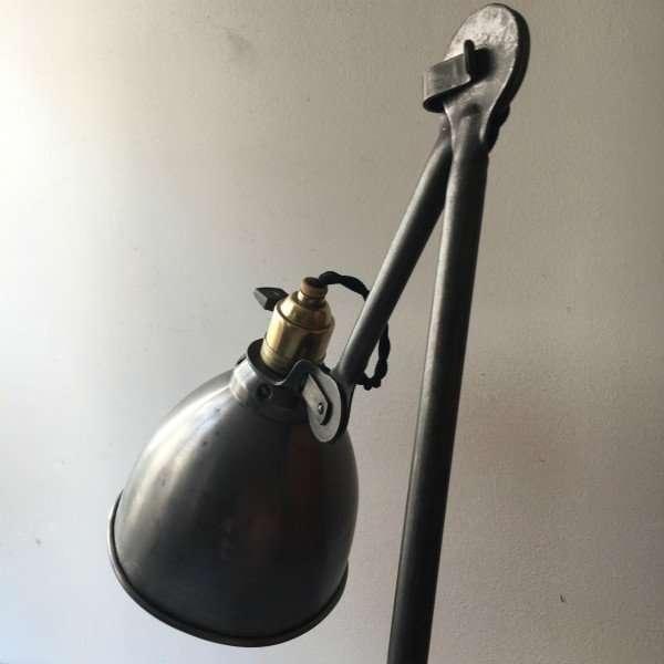 GRAS-LAMPE-GRAS-RAVEL-MODEL-202-LAMP-INDUSTRIEEL-CLAMART-BINK-02