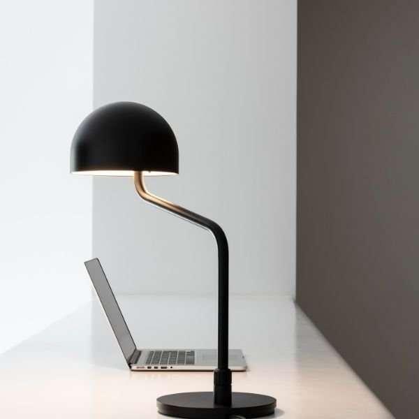 Officer-zwart-revolt-bink-lampen-bureaulamp