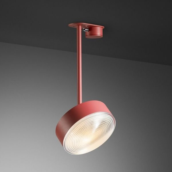 Radieux-plafondlamp-met-Fresnel-lens-BINK-leiden-revolt-rood
