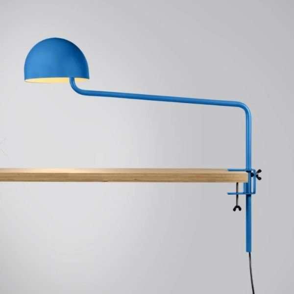 blauw-wit-officer-klemlamp-revolt-BINK-lamp-tafellamp-leiden