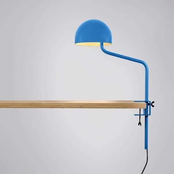 blauw-wit-tafelklem-klemlamp-officer-revolt-BINK-leiden-lamp