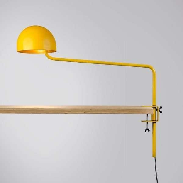 geel-goud-officer-klemlamp-revolt-BINK-lamp-tafellamp-leiden