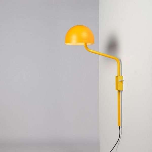 geel-wit-officer-wandlamp-BINK-lampen-Re-Volt