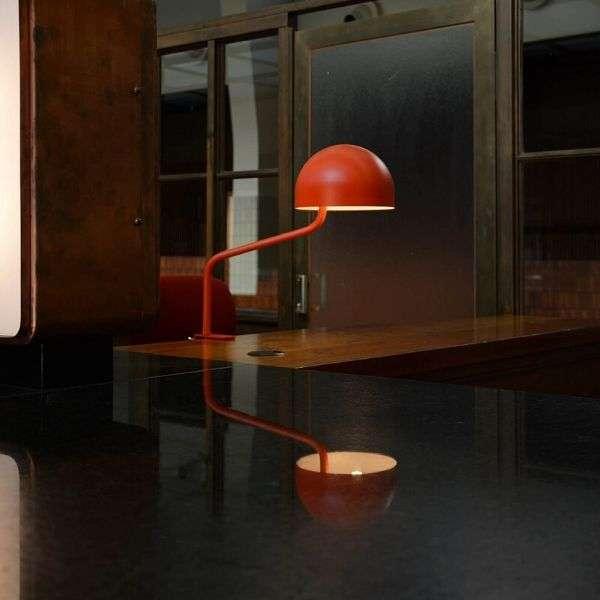 rood-revolt-officer-klemlamp-tafellamp-bink-lampen-01