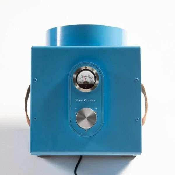 the-light-machine-blauw-revolt-bink-lampen-8