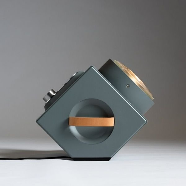the-light-machine-grijs-revolt-bink-lampen-origineel