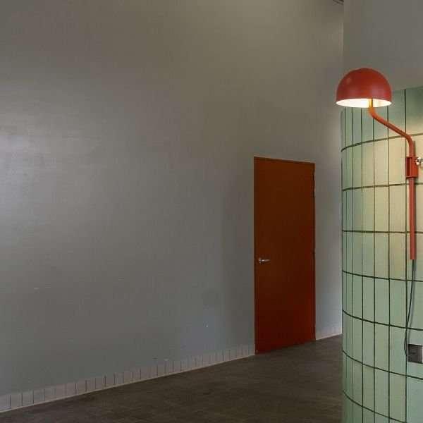 wandlamp-rood-officer-revolt-bink-lampen