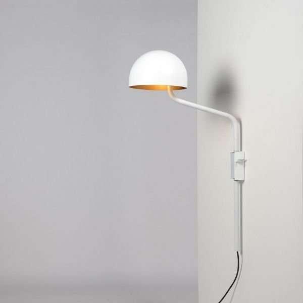 wit-goud-officer-wandlamp-BINK-lampen-Re-Volt