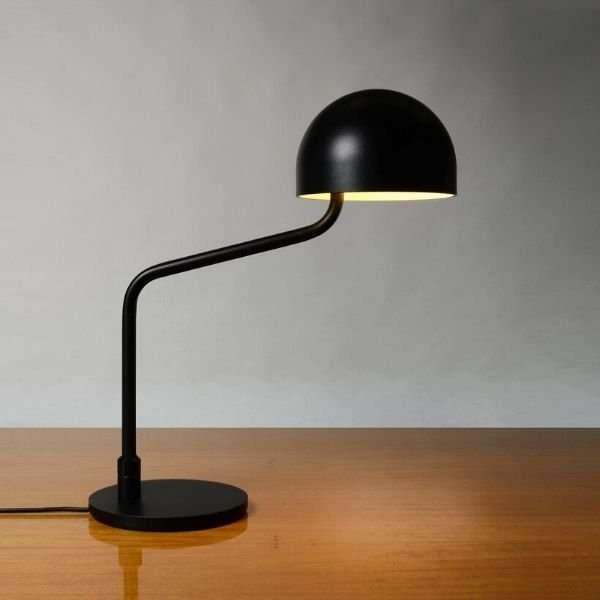 zwart-wit-officer-bureaulamp-revolt-BINK-lampen