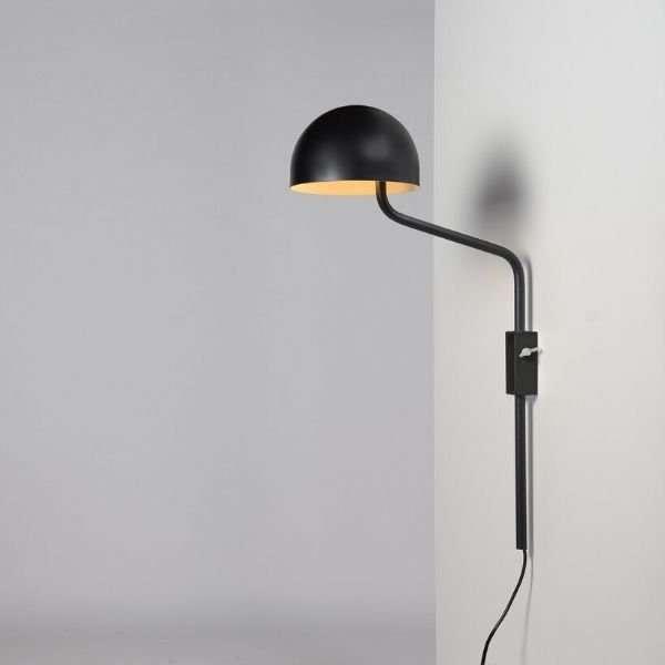 zwart-wit-officer-wandlamp-BINK-lampen-Re-Volt