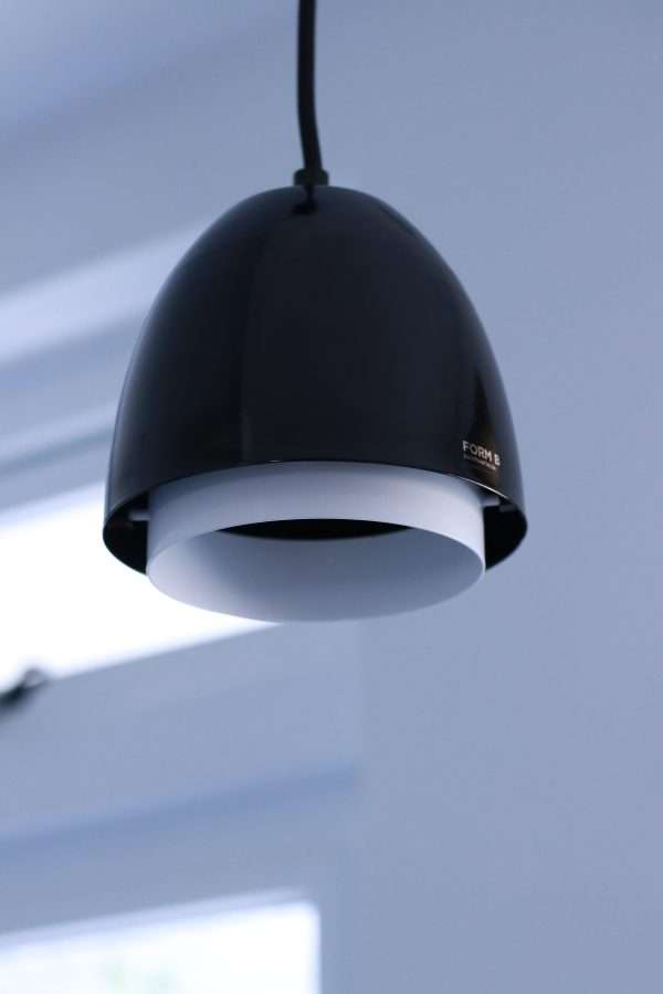Ebolicht-Cup-hanglamp-RAL-9005-BINK-02