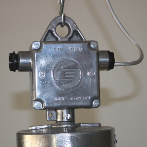 tsjechische_hanglamp_glas-melkglas_stolp_industrieel_BINK_lampen_01