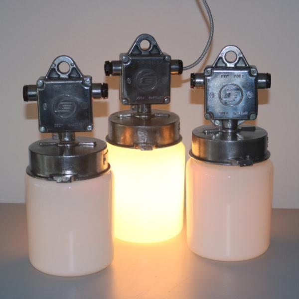 tsjechische_hanglamp_glas-melkglas_stolp_industrieel_BINK_lampen_03