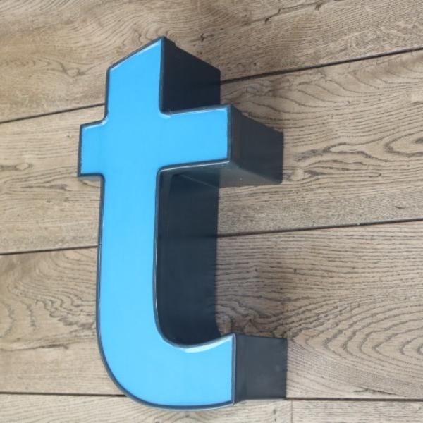 letterlamp-reclame-letter-t-01