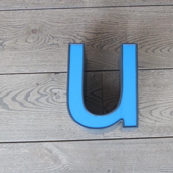 letterlamp-reclame-letter-u-n-01