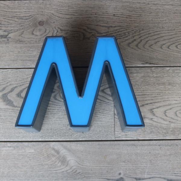 letterlamp-reclame-letter-w-m-02
