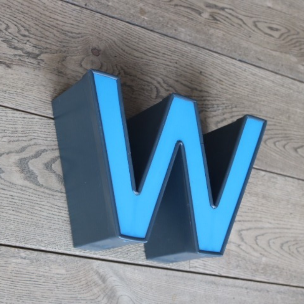 letterlamp-reclame-letter-w-m-04