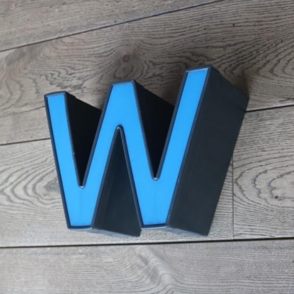 letterlamp-reclame-letter-w-m-07